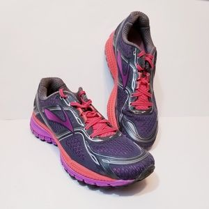 Brooks women Ghost 8 running shoes | 10